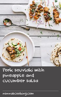 Pork souvlaki with pineapple and cucumber salsa Hake Recipes, Canned Salmon Recipes, Beef Soup Recipes, Mince Recipes, Cucumber Recipes, Rub Recipes, Appetizer Recipes, Appetizers, Greek Lamb Recipes