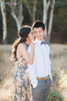 CA outdoor engagement session // Enzoani gown