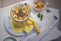 Levesexpressz: vöröslencse-krémleves - Dívány Cheeseburger Chowder, Curry, Soup, Ethnic Recipes, Curries, Soups