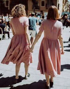 Eerbare kleding, kledingmerk Son de Flor. Modest clothing,  clothing brand Son de Flor. Bron / source: www.facebook.com/sondeflor