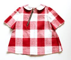 Diagonal zipper.