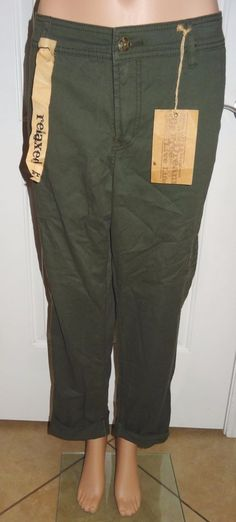 Nine West Vintage American Casual Pants Cropped Relaxed Green NWT Sz 14/31 - KR #NineWest #CasualPants