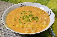 Rychlá zelňačka Cheeseburger Chowder, Soup Recipes, Soups, Cooking, Ethnic Recipes, Food, Kitchen, Eten, Soup