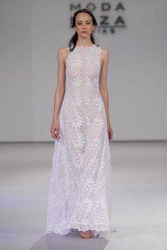 Vestidos de novia para mujeres con mucho pecho 2017: Diseños que te harán lucir fantástica Image: 9
