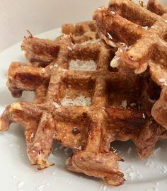 Chocolade proteïne wafels – Judoka Margriet Bergstra Bread, Breakfast, Food, Morning Coffee, Brot, Essen, Baking, Meals, Breads