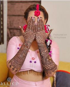 Have you always dreamed of having your hands painted full with henna till the elbows for your wedding day? Well, if you have, then this kind of intricate full hand mehndi design is just for you. Indian Mehndi Designs, Stylish Mehndi Designs, Latest Bridal Mehndi Designs, Full Hand Mehndi Designs, Mehndi Designs 2018, Mehndi Designs For Girls, Wedding Mehndi Designs, Beautiful Henna Designs, Latest Mehndi