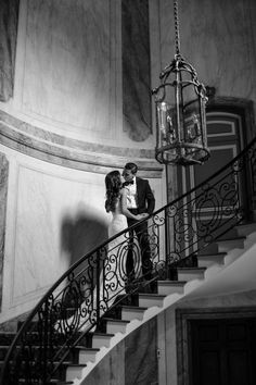 Wedding photography, see these brilliant pin suggestion here. Wedding photography, see these brilliant pin suggestion here. Wedding Photography Poses, Wedding Poses, Couple Photography, Romantic Couples Photography, Romantic Wedding Photos, Wedding Pictures, Wedding Ideias, Bride And Groom Pictures, Couple Aesthetic