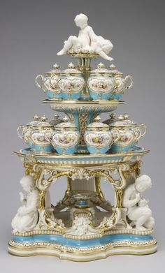 Dessert stand (jelly or cream) (from the 'Victoria' pattern dessert service) | Minton, 1851.