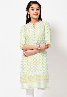 Blue coloured kurta for women from Folklore. Made of 100% cotton, this knee-length kurta has 3/4th sleeves and a mandarin collar. It comes in regular fit. In Just Rs. 699