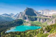 Glacier National Park is spread out over 3 main regions, and there is so much to see that you're going to want to pack as much adventure as possible into your trip! After visiting Yellowstone…