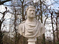 Büste im Park Sanssouci