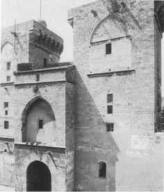 Valencia a mediados del S. XIX. Observar las tres puertas principales, de izquierda a derecha. Serrans, Portal Nou y Quart.  Todos los val...