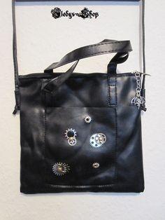 "Leder Tasche ""Timeless Ladies Bag"" mit Fledermaus Anhänger"
