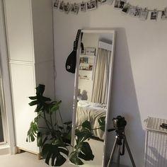 Mirror aesthetic bedroom white