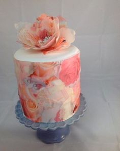 Wafer paper is, simply put, delicate sheets of edible paper, typically… Pretty Cakes, Beautiful Cakes, Amazing Cakes, Fancy Cakes, Mini Cakes, Cupcake Cakes, Wafer Paper Flowers, Wafer Paper Cake, Cake Decorating Techniques