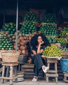 Traveling Africa is trending. Black-ownedt ravel groups and organizations are popping up that are focused on delivering a unique Africa travel experience. Black Girl Magic, Black Girls, Black Girl Aesthetic, My Black Is Beautiful, Simply Beautiful, African Beauty, Africa Travel, Black Power, Natural Hair Styles
