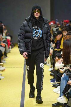 Charm's Fall-Winter 2018 - Seoul Fashion Week