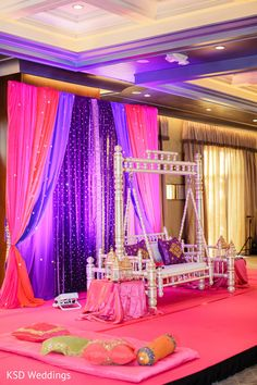 Floral & Decor http://www.maharaniweddings.com/gallery/photo/36583 @sonalshahevents @rangoliweddings
