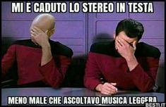 Mi è caduto lo stereo | BESTI.it - immagini divertenti, foto, barzellette, video Funny Images, Funny Photos, Funny Twilight, Funny Jokes, Hilarious, Serious Quotes, Word Of The Day, Words, Memes