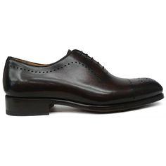 8368 zapato oxford puntera picada de Magnanni en color marrón | Calzados Garrido