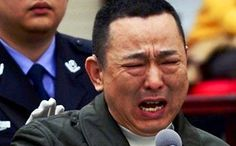 Liu Han in tears in court last year. He was executed for his crimes, including murder and running a mafia-style gang, on Monday morning. Photo: SCMP Pictures