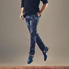 With a combination of edgy prints, dapper tailoring and statement pieces, Harvey Nichols is a premier destination for debonair dressing Harvey Nichols Dubai Magnanni Alexander McQueen Paul Smith  Knit, Alexander McQueen (AED1,360)  Trousers Paul Smith (AED1,150)  Shoes, Magnanni (AED1,800)  www.debonaironline.com/en/