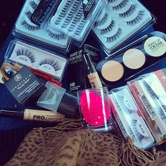 """""""I've been neglecting my IG because I've been suuuuuper busy with wedding season and work here's a mini makeup haul to show you I am still alive lol.…"""""""