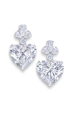 www.graff.com #graff #hautejoaillerie #bride #bridal #wedding #bridaljewels #bridaljewellery #bridaljewlry #diamonds #gold #platinum #weddingjewels #weddingbling #diamondearrings #finejewelry
