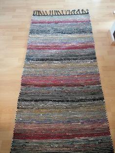 Rug Patterns, Rag Rugs, Scandinavian Style, Pattern Design, Recycling, Weaving, Carpet, Textiles, Ideas
