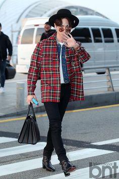BNTNews- [bnt-фото] Милый, красивый и модный Минхо в аэропорту
