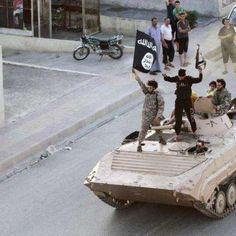 Estado Islâmico atira homossexual de cima de prédio