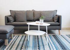 Huguette es una mesa lateral de dos cubiertas. Ideal para toda la familia con sus dos alturas, puede ser usada en la sala como en una habitación de niños. Se recibe en un paquete plano, y se arma con tornillos en menos de 10 minutos.  DIMENSIONES: A 65, P 85, Alt 31/50 cm MATERIALES: MDF laqueado, metal electropintado 2016 - Colección La Urbana  Descripción del producto