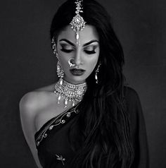 love beauty hair girl jewelry Black and White fashion dress glamour piercing style Model makeup bride woman indian Make up traditional India middle eastern Look Fashion, Indian Fashion, Desert Fashion, Fashion Glamour, Muslim Fashion, Fashion Black, Latest Fashion, Fashion Beauty, Fashion Outfits