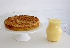 Rabarberkladdkaka med knäckig topp | Fru Lilja Camembert Cheese, Macaroni And Cheese, Ethnic Recipes, Desserts, Tailgate Desserts, Mac And Cheese, Deserts, Dessert, Food Deserts