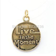 Personalized Custom Print Live In The Moment Texts Disc Round Bracelet Bangles Accessories Charm