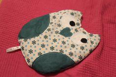 OWL warming Cushion Pillow with rye /cherry от VivytheKiwiArts, €25.00