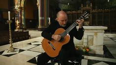 The most beautiful classic guitar version of Ave Maria I've heard. Used to get my kids to sleep listening to this...