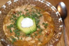 Weeknight dinner idea! ~ Easy White Chicken Chili