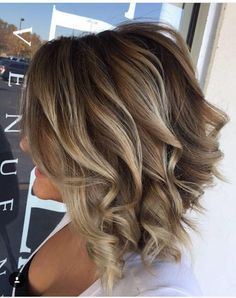 Balayage Blonde Ends - 20 Fabulous Brown Hair with Blonde Highlights Looks to Love - The Trending Hairstyle Brown Hair Shades, Brown Hair With Blonde Highlights, Brown Hair Colors, Hair Highlights, Edgy Hair Colors, Long Thin Hair, Shoulder Length Hair, Bob Hairstyles, Hair Trends