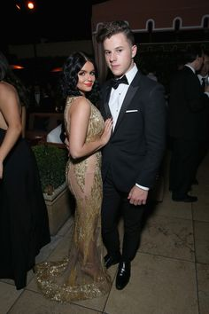 Actors Ariel Winter (L) and Nolan Gould attend The Weinstein Company & Netflix's 2017 SAG After Party in partnership with Absolut Elyx at Sunset Tower Hotel on January 29, 2017 in West Hollywood, California.