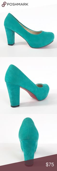 17502510c58 Teal Suede Shoes Sz 39 ( 9 ) Very nice condition block heel 3.5 inch rounded