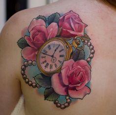 Tattoo Rose Uhr und Kette