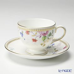Wedgwood (Wedgwood) Rose Gold tea cup and saucer