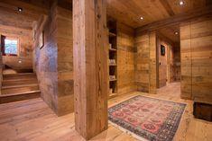 Casa Masso - Arte Rovere Antico Mountain Style, Mountain Living, Building Extension, Chalet Interior, Chalet Design, Cabin Interiors, Rustic Elegance, Home Studio, Architecture