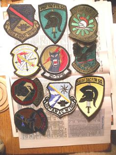 10 DIFF MILITARY PATCHES-LOT 19