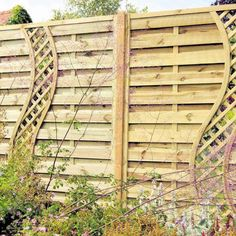 Backyard Fences, Garden Fencing, Backyard Landscaping, Landscaping Ideas, Pool Fence, Hardscape Design, Front Yard Fence, Fenced In Yard, Fence Design