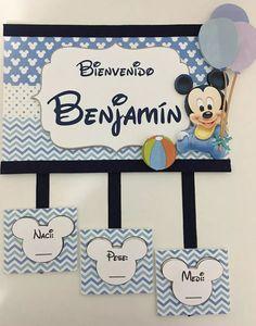 cartel de bienvenida nacimiento bebe varón puerta sanatorio