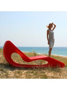 Ultra-modern art takes to the outdoors with this unusual, sculptural roto molded furniture by Qui est Paul? If you're not sure whether to sit on it, put Outdoor Lounge, Outdoor Decor, Outdoor Living, Contemporary Garden Furniture, Outdoor Furniture Design, Urban Furniture, Furniture Ideas, Qui Est Paul, Gardens