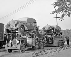 "Shorpy Historical Photo Archive :: Globe Gasoline: 1936 May somewhere in Indiana. ""Auto transport at gas station."" Everyone has a nice hood ornament here. Photo by Carl Mydans Antique Trucks, Vintage Trucks, Antique Cars, Vintage Auto, Throwback Thursday, Classic Trucks, Classic Cars, Shorpy Historical Photos, Detroit"