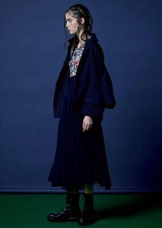 Y's Yohji Yamamoto Fall 2016 Ready-to-Wear Fashion Show